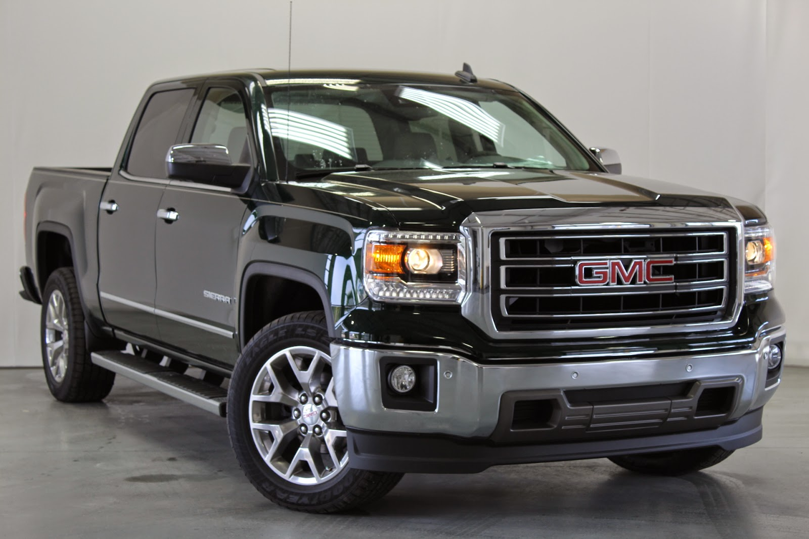 2017 Gmc Sierra 1500 Review Full Size Pickup On The Market In A Variety Of Cab With Decent Rating Crash Test Safety