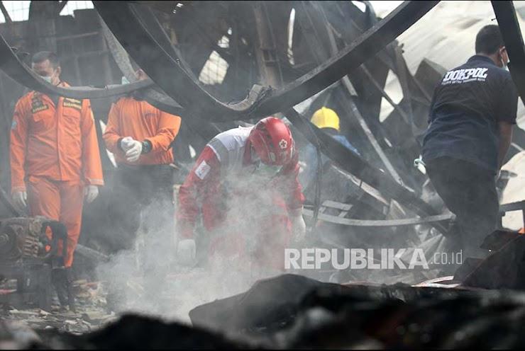 'Saat Kebakaran Kami Rebutan Menyelamatkan Diri Melalui Satu Pintu Keluar'