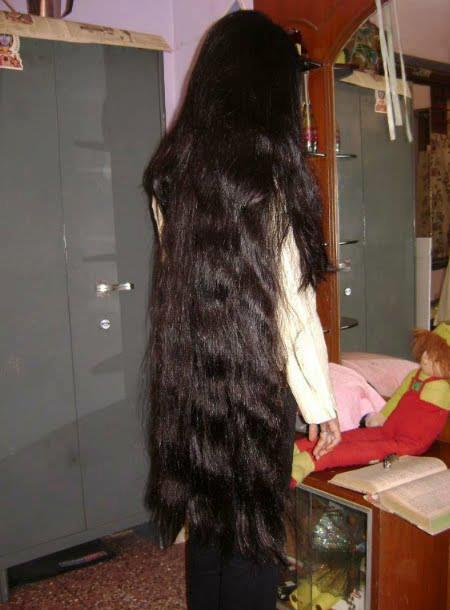 Indian Long hair girls: Homely tamil girls with beautiful long hair