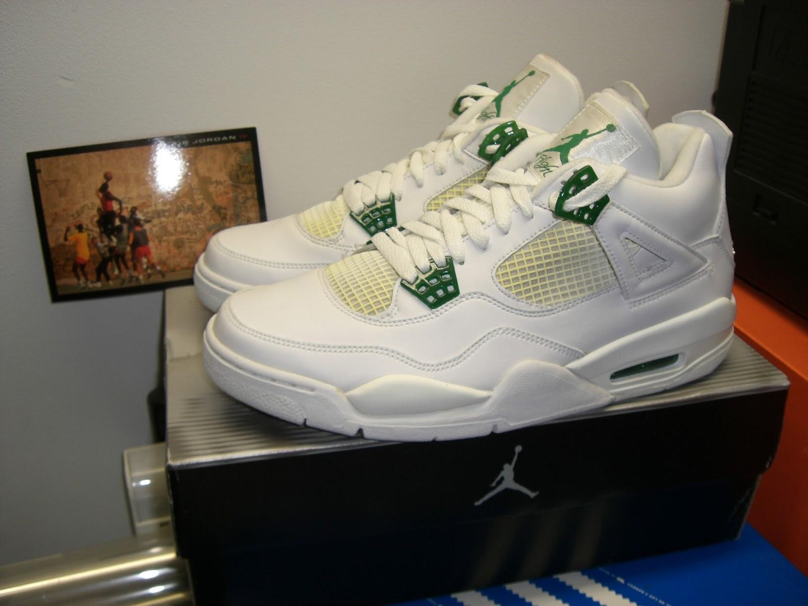 160a72314ea 4 the Love of Sneakers: 2004 Nike Air Jordan IV Retro in White, Chrome, Classic  Green