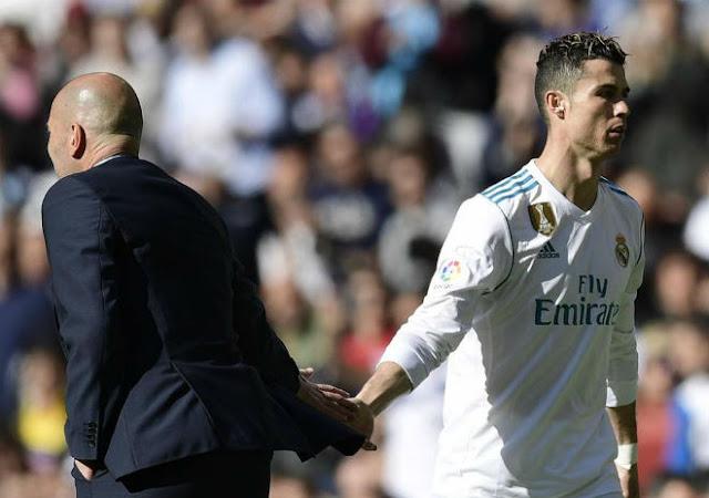 """Chấn động Real Madrid: """"Ông trùm"""" nào khiến người hùng Zidane phải ra đi? 2"""