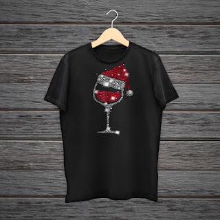 Diamond Wine Glasses Santa Hat Christmas T-Shirt