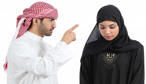 Benarkah Bila Suami MARAH, AMAL Istri Tidak Diterima?