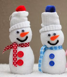 http://translate.googleusercontent.com/translate_c?depth=1&hl=es&rurl=translate.google.es&sl=auto&tl=es&u=http://www.repeatcrafterme.com/2014/02/sock-snowmen.html&usg=ALkJrhhzyr2THI2vGBw2dTakroUt5dsH3w