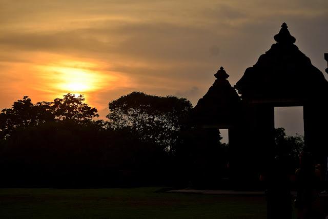 YOGYAKARTA TOURIST SPOTS TRAVEL BLOGS