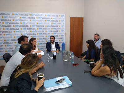 La diputada nacional Vanesa Siley y los diputados provinciales Miguel Funes y Lauro Grande, se reunieron con las trabajadoras de la Cooperativa educativa