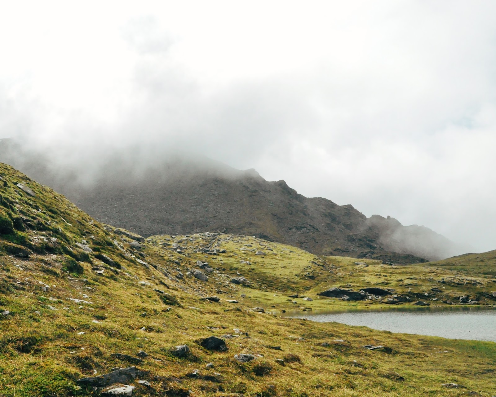 hike hatcher pass