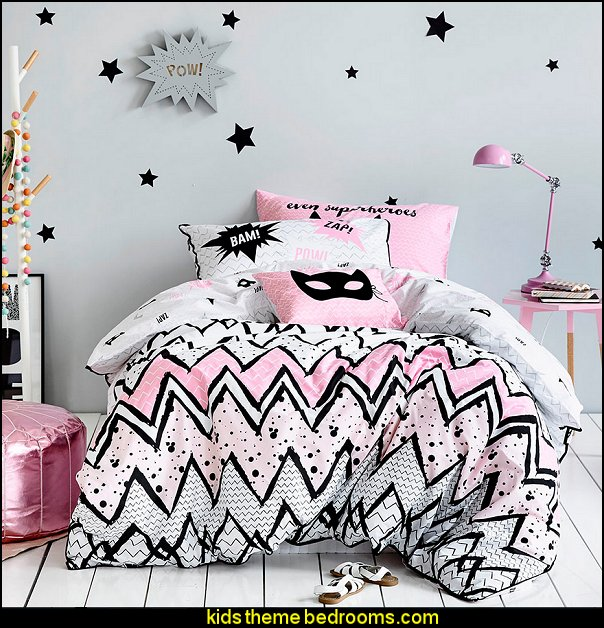 Kids Mighty Girl Bedlinen Quilt Cover  Superheroes bedroom ideas - batman - spiderman - superman decor - Captain America - comic book bedding - batmobile bed - Wonder Woman Girls superhero - marvel wall art Avengers - superman bedding - primary color bedroom ideas - spiderman room decor - decorating with comics -