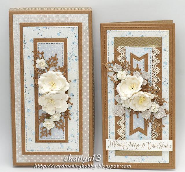 kartka ozdobiona koroną gipiurową i kwiatami