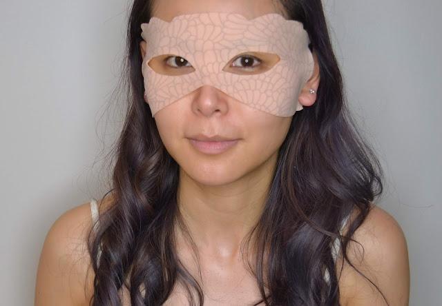 Nannette de Gaspe Youth Revealed Dry Eye Mask