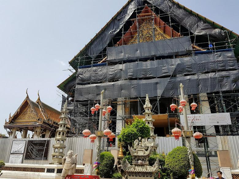 整修中的蘇泰寺