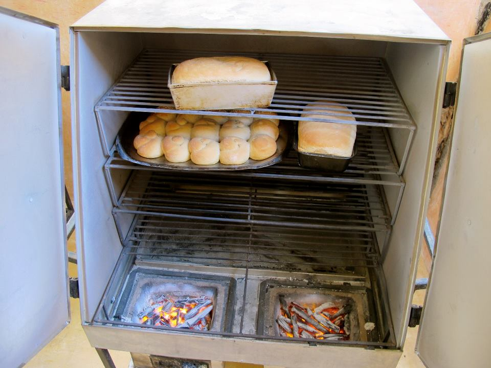 how to operate an oven for baking