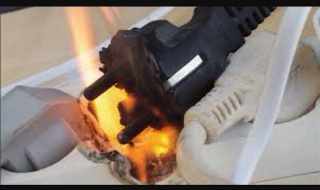 Penyebab listrik terbakar