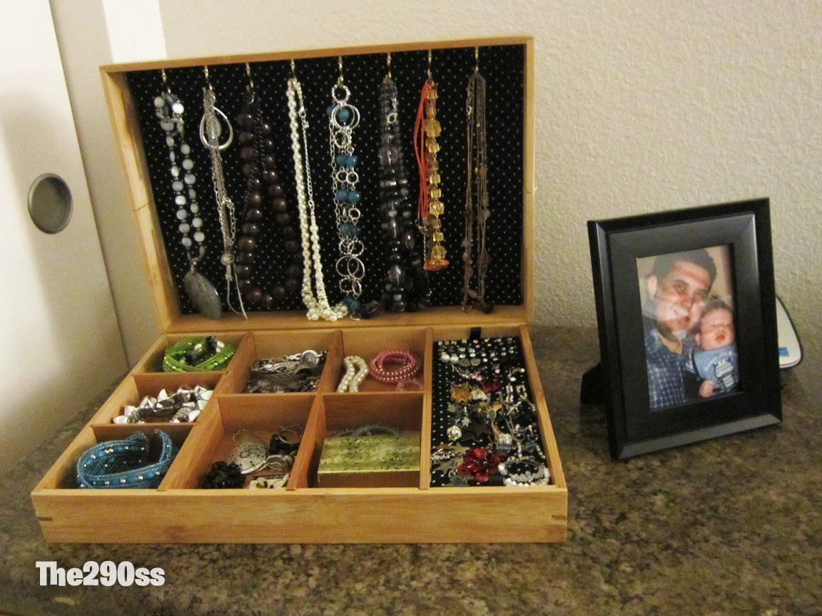 The290ss: DIY: Jewelry Box $5 dollars project