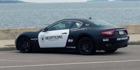 Dimodif ala Petugas, Pemilik Mobil Ini Diciduk Polisi!