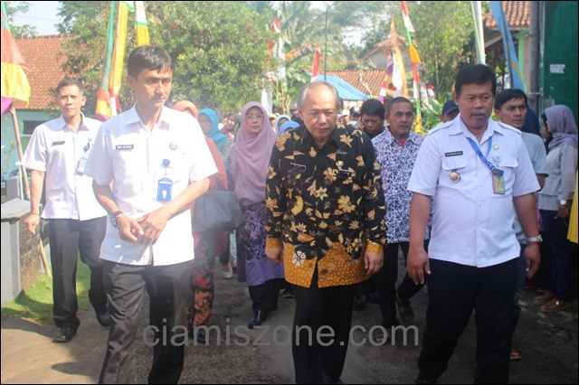 BNN Resmikan Buniseuri sebagai Desa Bersinar