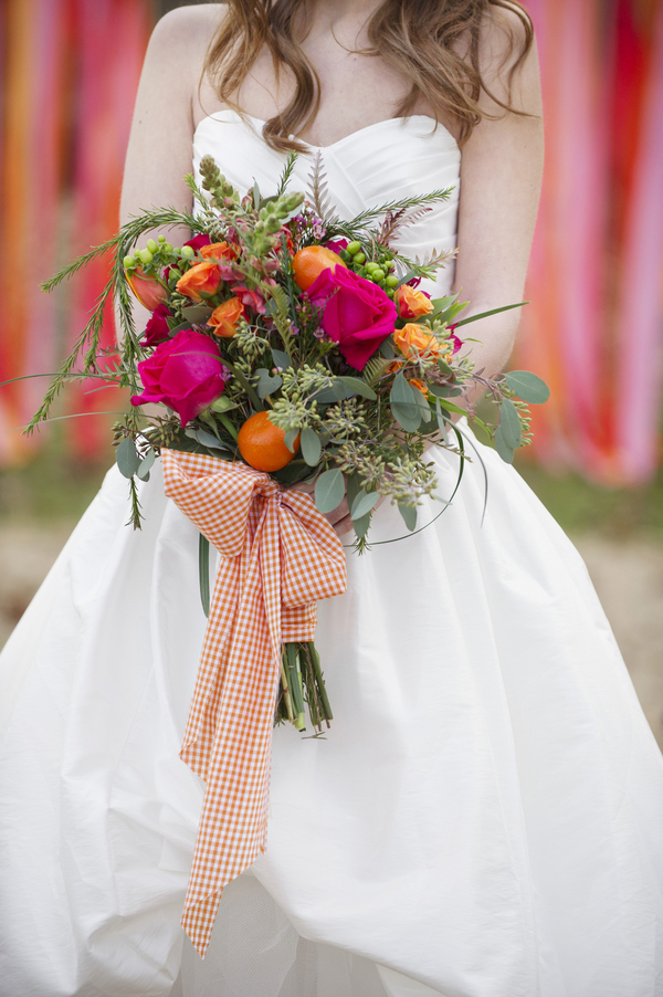 bride+groom+boho+bohemian+chic+orange+pink+yellow+rustic+valentine+valentines+day+february+winter+spring+wedding+cake+bouquet+petticoat+dress+gown+table+setting+floral+arrangement+centerpiece+tangerine+melissa+mccrotty+photography+5 - The Valentine Ombre