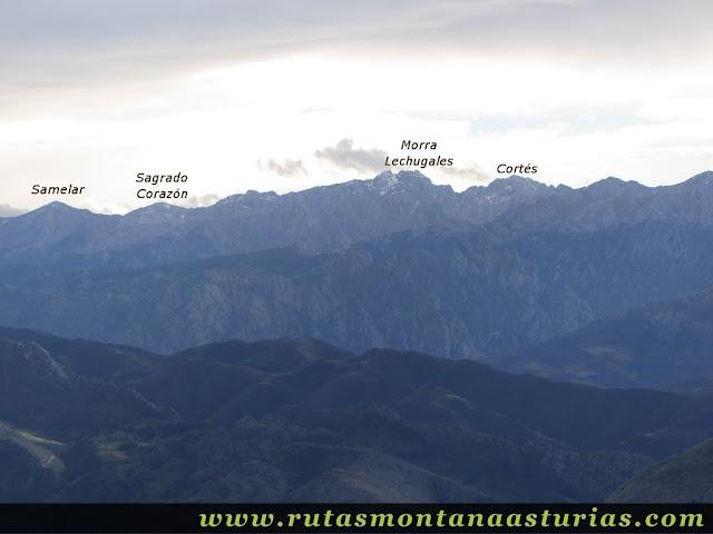 Vista del macizo oriental desde el Benzúa