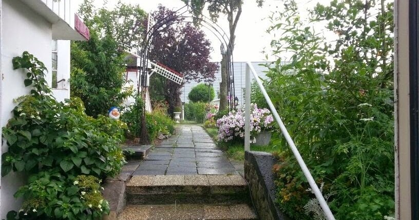 atelier landleben garten im august. Black Bedroom Furniture Sets. Home Design Ideas