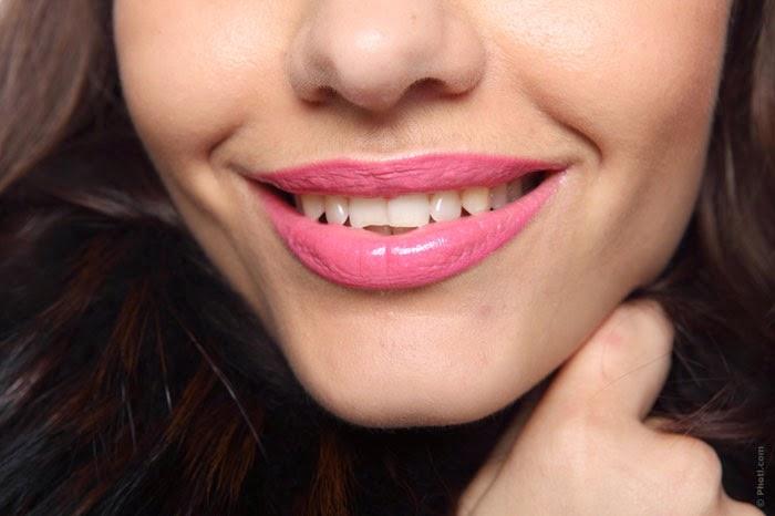 как знакомиться с кривыми зубами