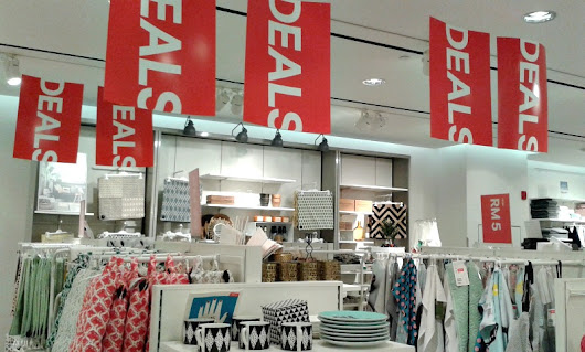 Deals at H&M, Quill City Mall