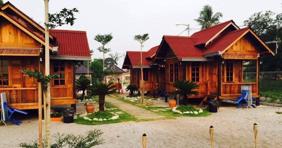 Berita TV Malaysia: Desa Damai Chalet terletak di pinggiran pantai Pengkalan Balak Melaka