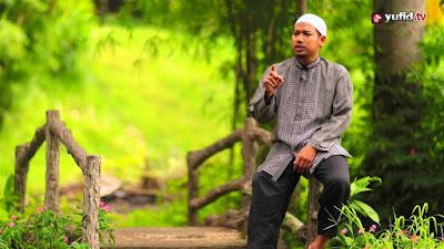 ustadz yusuf as-sidawi: KEMILAU EMAS WASIAT NABI