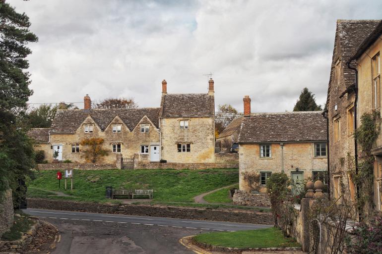 Village de Bibury dans les Cotswolds en Angleterre