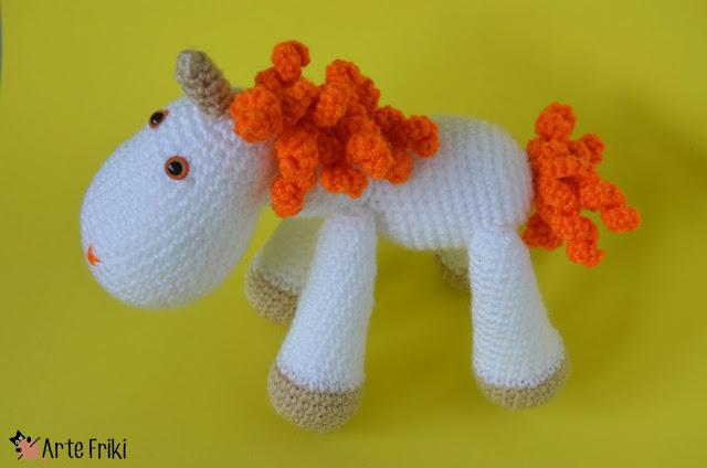 unicornio amigurumi arte friki unicorn amigurumi crochet doll ganchillo muñeco kawaii plushie handmade diy fantasy magic naranja orange