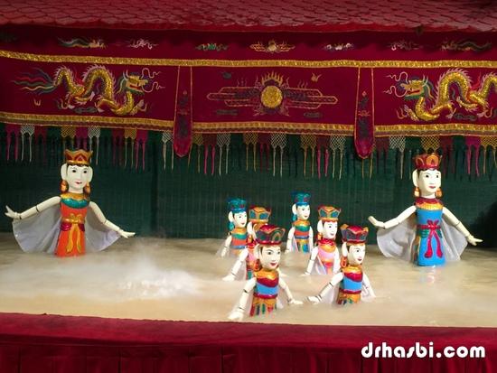 Persembahan menarik Water Puppet Theatre di Ho Chi Minh