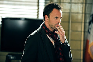 Jonny Lee Miller as Sherlock Holmes in Elementary Episode # 2 While You Were Sleeping