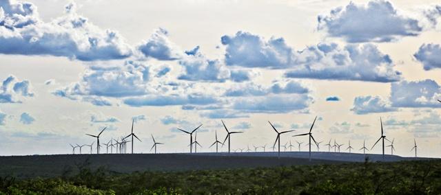 Conjunto Eólico Campo Largo entra em operação comercial