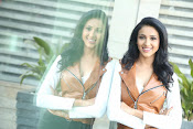 priyashri new sizzling stylish photos-thumbnail-10