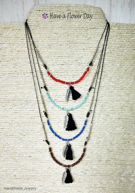 Collares estilo bohemio · Bohemian necklaces