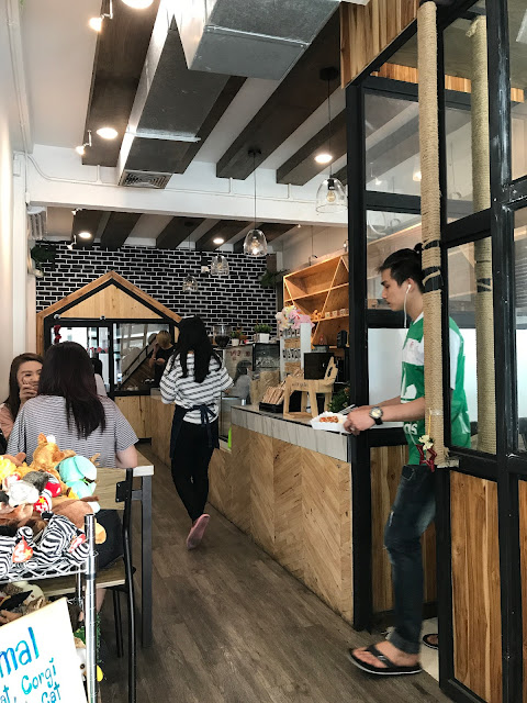Little Zoo cafe, siam