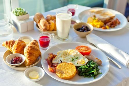 Bữa ăn Sáng Cho Bé
