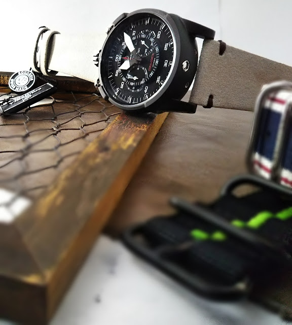 大阪 梅田 ハービスプラザ WATCH 腕時計 ウォッチ ベルト  公式 CT SCUDERIA CTスクーデリア Triumph トライアンフ Norton ノートン フェラーリ FIBRA DI CARBONIO フィブラ ディ カーボニオ CS10178 コーダコルタ CODA CORTA フェンダーレス