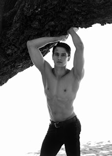 Exclusive | Edward Pineda Hidalgo by Witold Lewis
