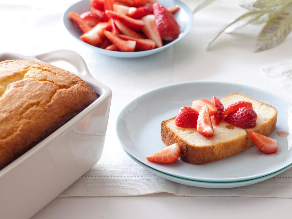 Christmas meal ideas mp blog httpfoodnetworkrecipesgiada de laurentiis ricotta orange pound cake with strawberries recipe 1950348 forumfinder Choice Image