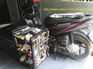 Cara pasang alarm motor remote pada Honda Vario 110 New ESP