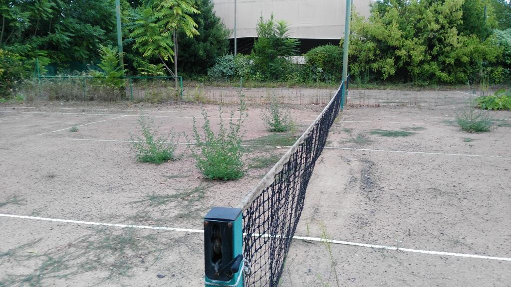 Campi Da Tennis Roma.Roma Fa Schifo Le Immonde Condizioni Dei Campi Da Tennis Comunali
