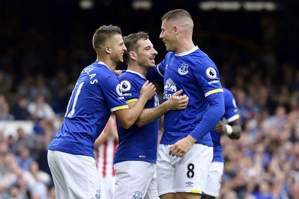 Seguro e consistente: Everton vence e segue bem na Premier League
