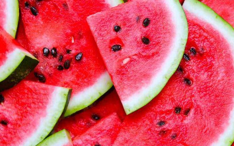 5 Manfaat Biji Semangka untuk Kesehatan