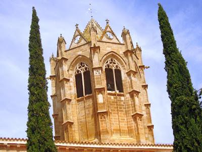 Campanario del monasterio de Vallbona de les Monges