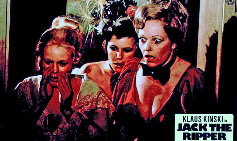 Drei Damen des 'leichten Gewerbes' in JACK THE RIPPER (1976) von Jess Franco. Aushangkarte. Quelle: Verleih