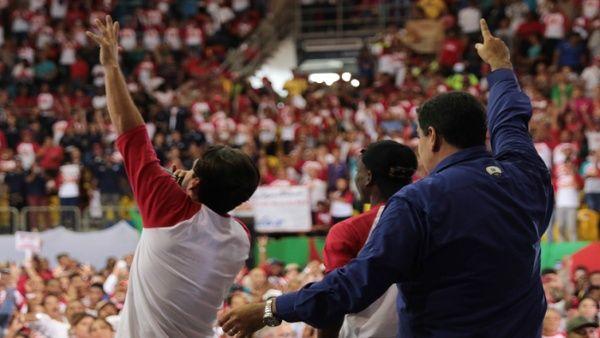 Gobierno y oposición de Venezuela avanzan hacia un diciembre de diálogo por la paz