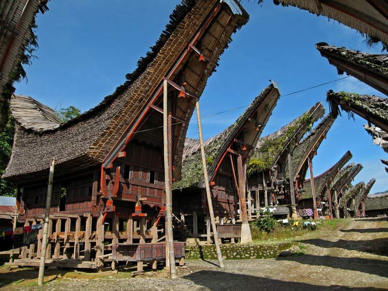 Alam dan Keunikan Budaya Tanah Toraja