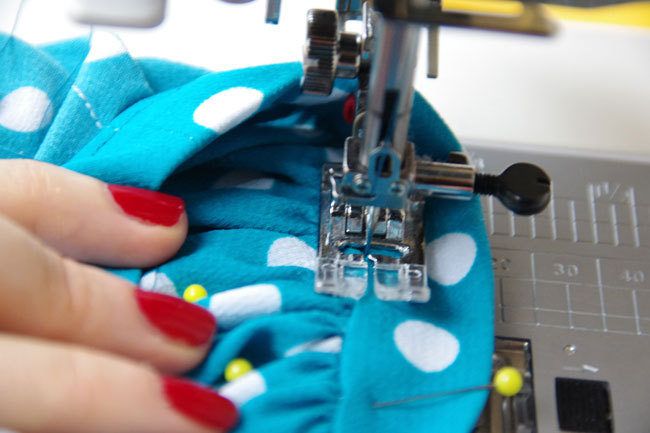 Mathilde sewing pattern - How to attach the cuffs