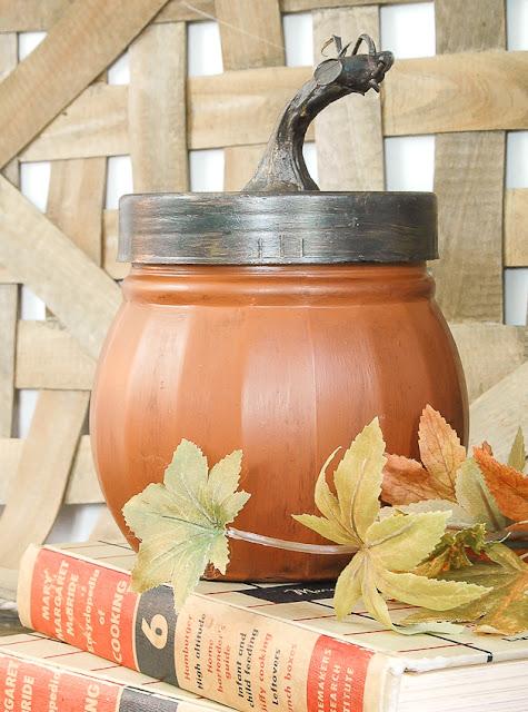 Dollar Tree glass jar turned pumpkin