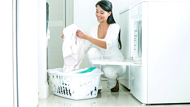Mengenal Jenis-Jenis Deterjen Laundry dan Penggunaannya Secara Tepat